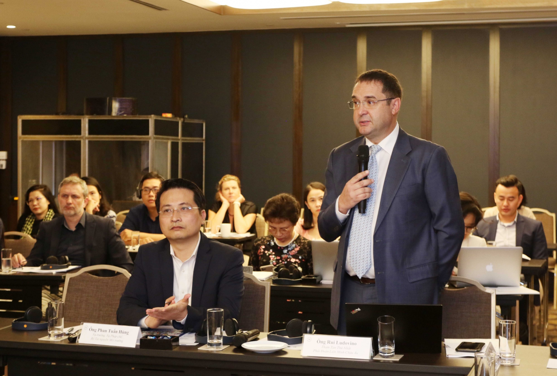 EU supports Vietnam in adopting better management of packaging waste