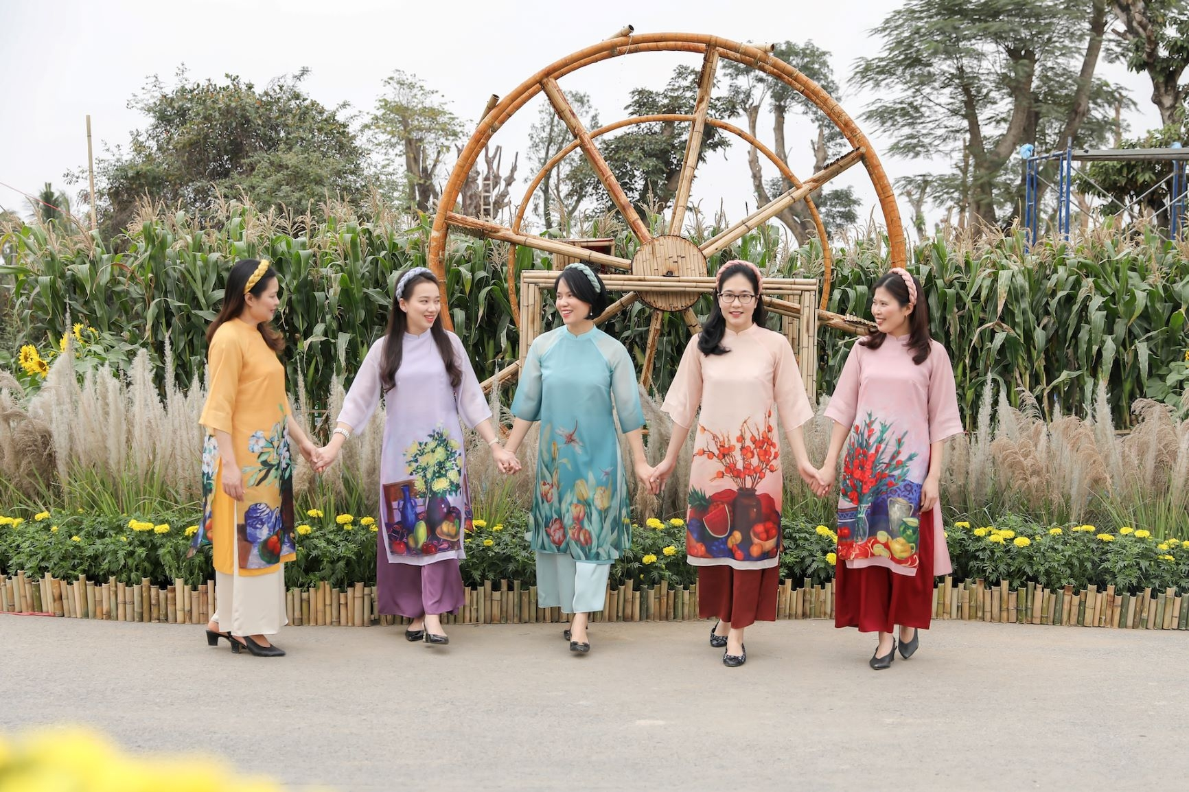 flower street home hanoi xuan is a safe destination for tet holiday