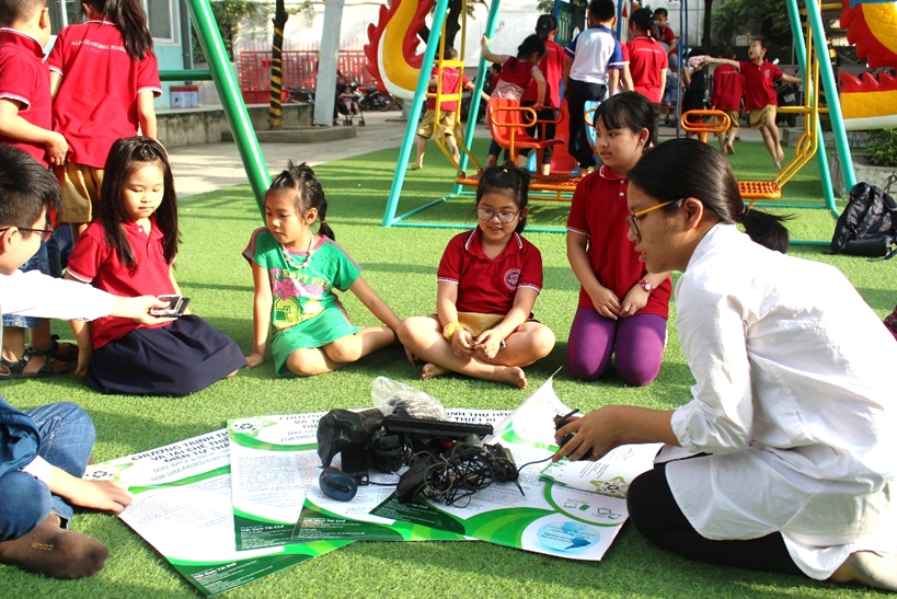 Vietnam Recycles kicks off new programme to collect e-waste