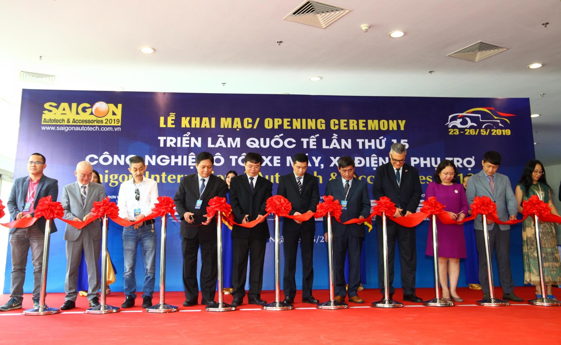 Saigon Autotech & Accessories paves foreign suppliers' way to Vietnam