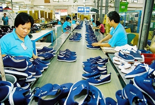 Flourishing exports in textile and garment, leather and footwear industries