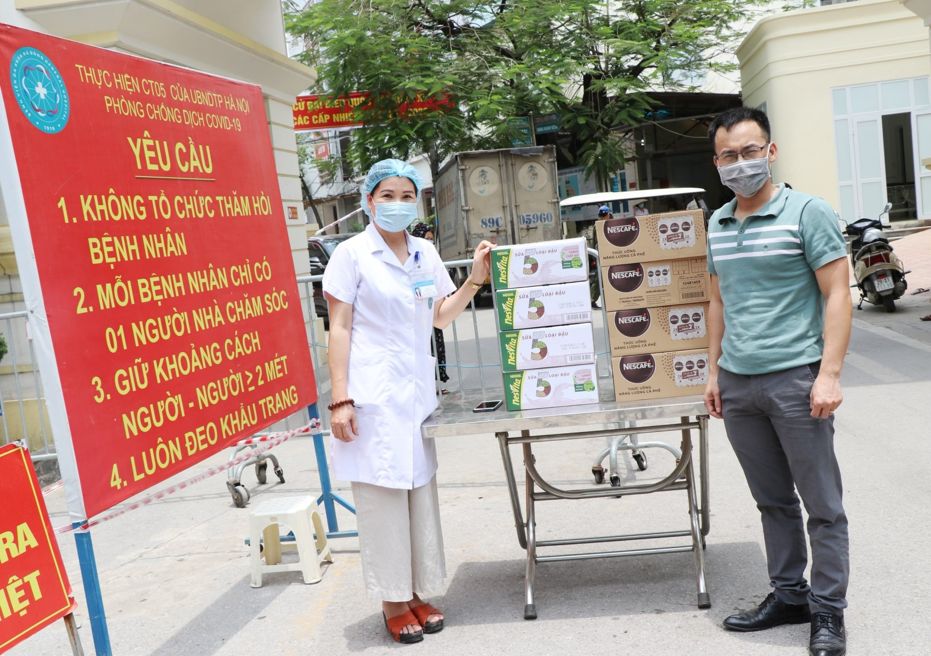 Nestlé Vietnam supports frontline medical workers in COVID-19 fight