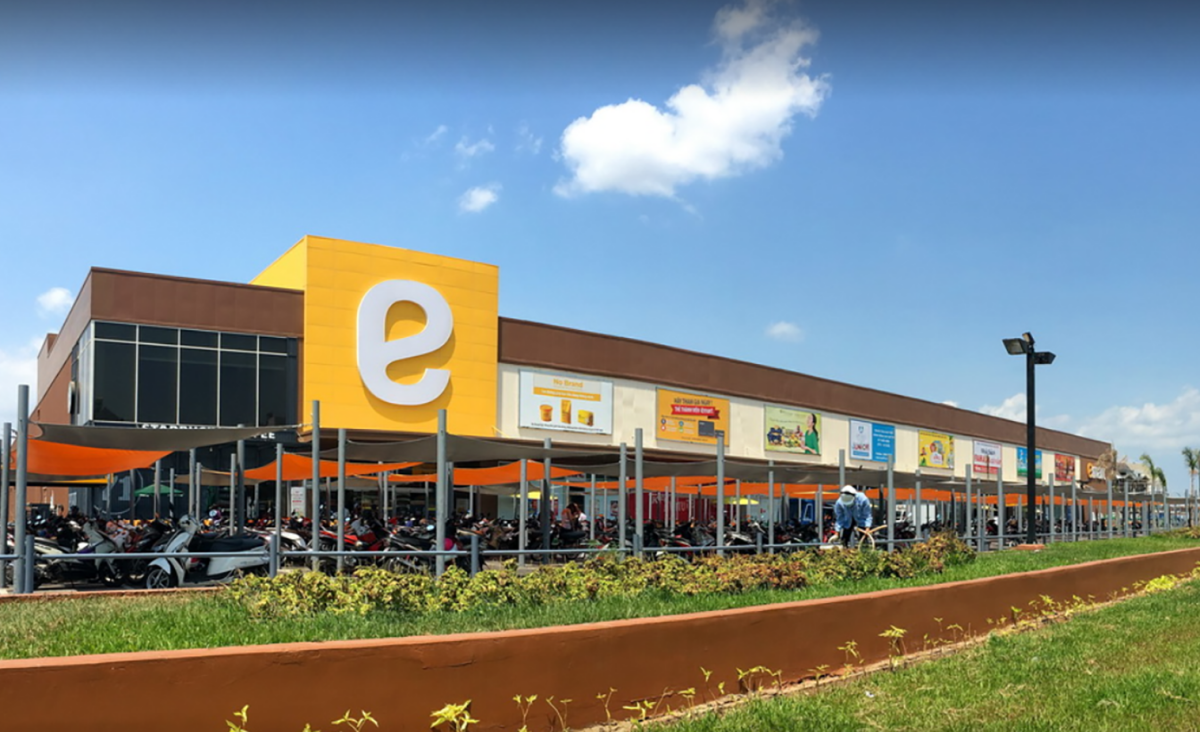 thaco to heavily expand emart hypermarket system in vietnam
