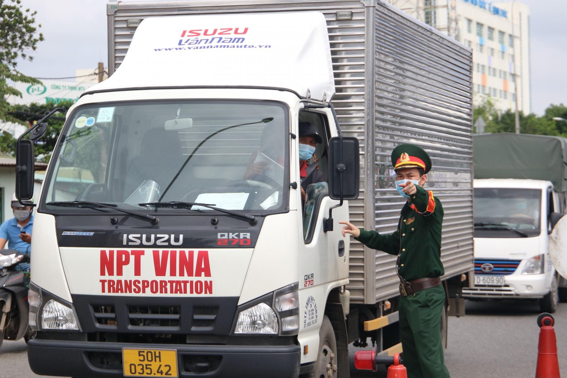 Ho Chi Minh City makes allowances for vehicles carrying perishable goods
