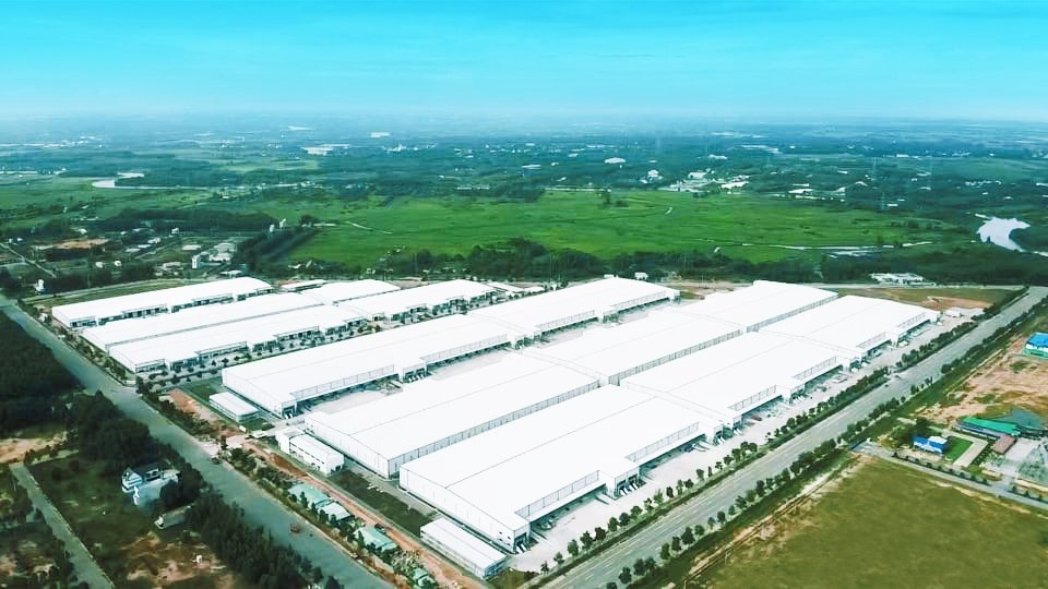 BW and ESR convert 40,000sq.m ready-built warehouse into COVID-19 treatment centre