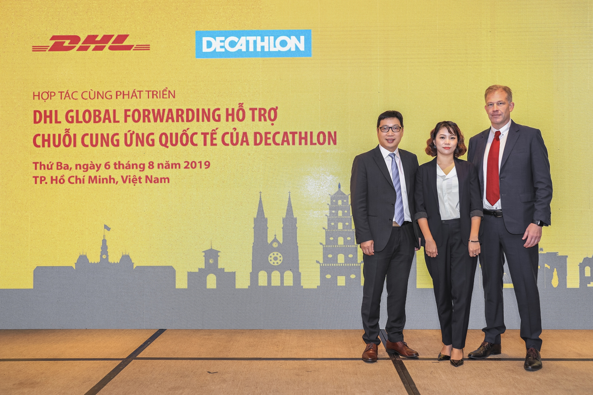 dhl global forwarding supports decathlons international supply chain
