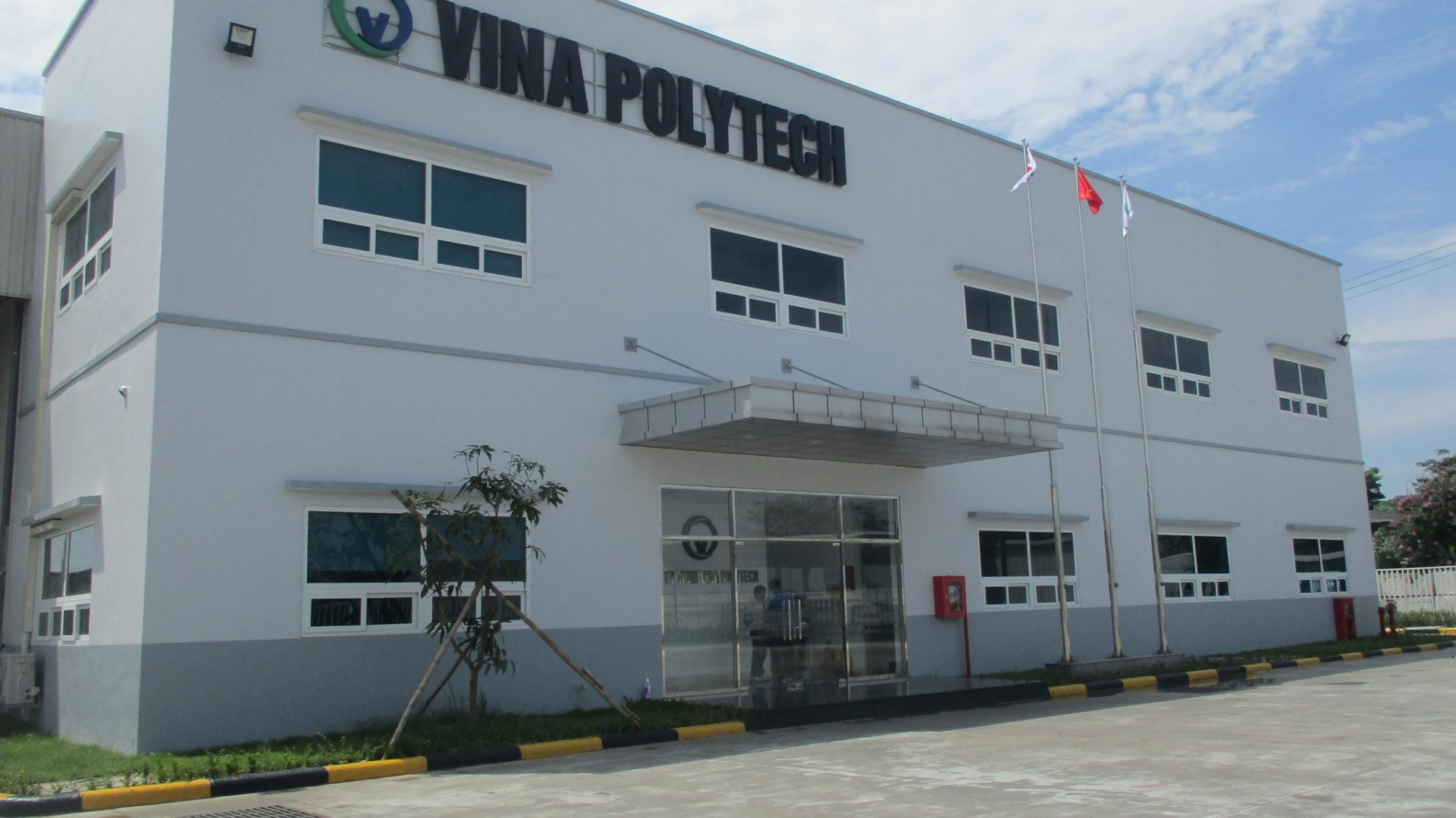Lotte Chemical has acquired Vietnamese high-tech material company Vina Polytech