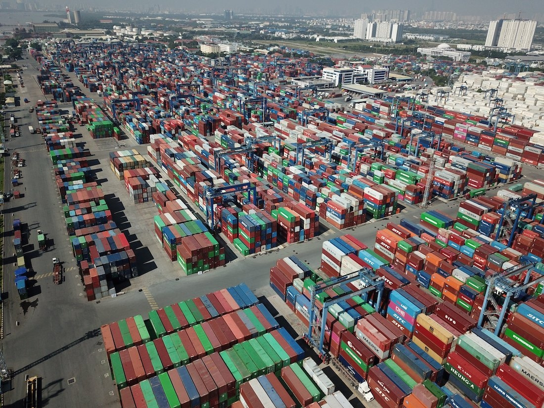 Cat Lai Port reports dropping revenue while facing overload in H1