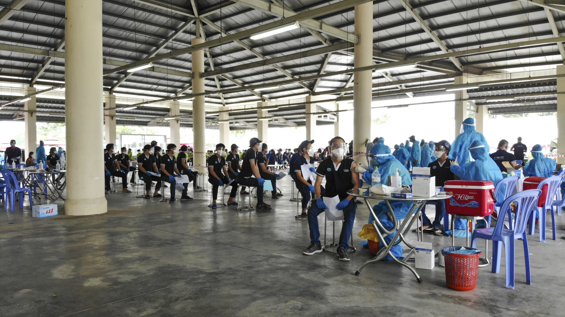 VSIP supports Binh Duong in vaccination of 40,000 workers