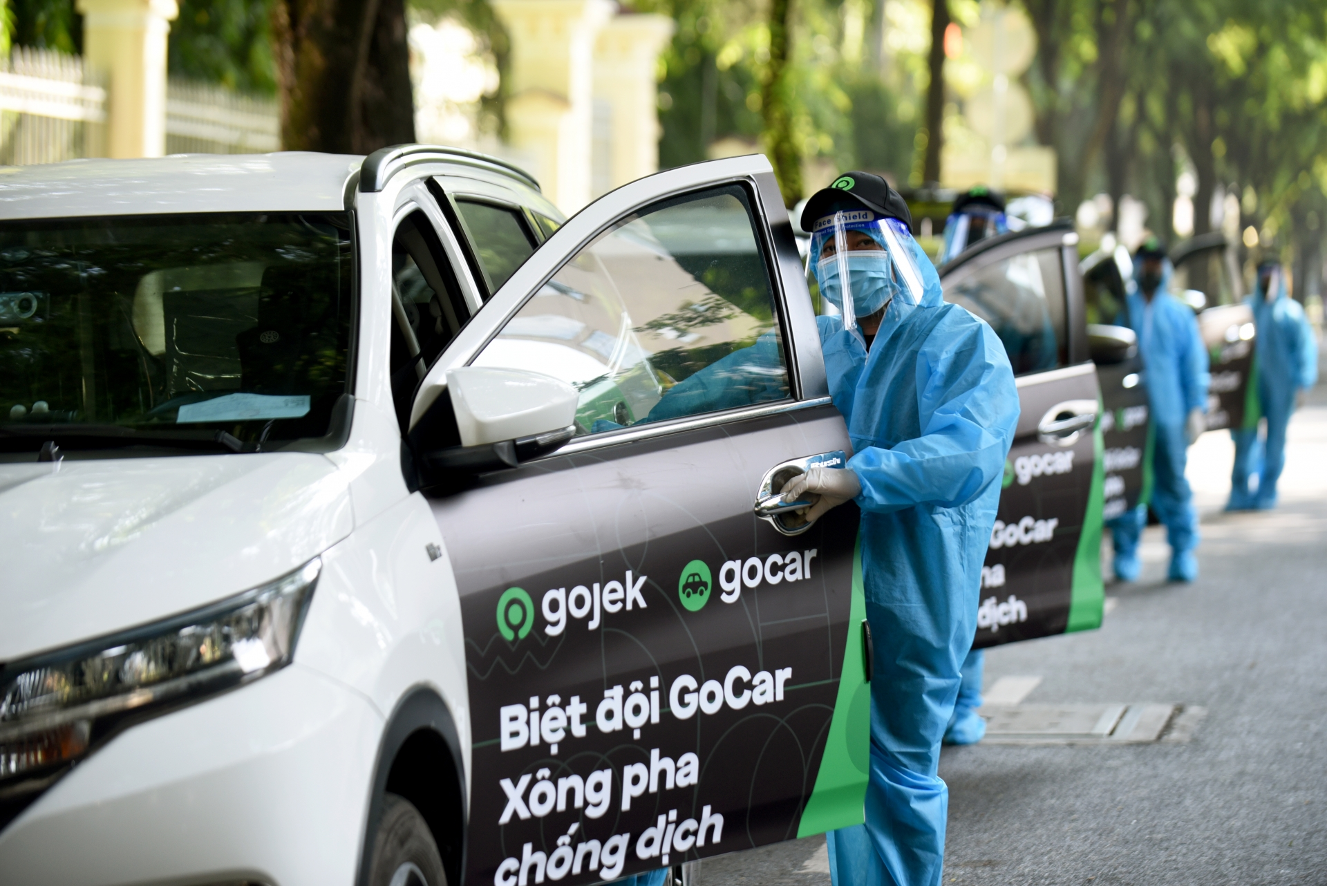 Gojek launches four-wheel ride-hailing service in Ho Chi Minh City under lockdown