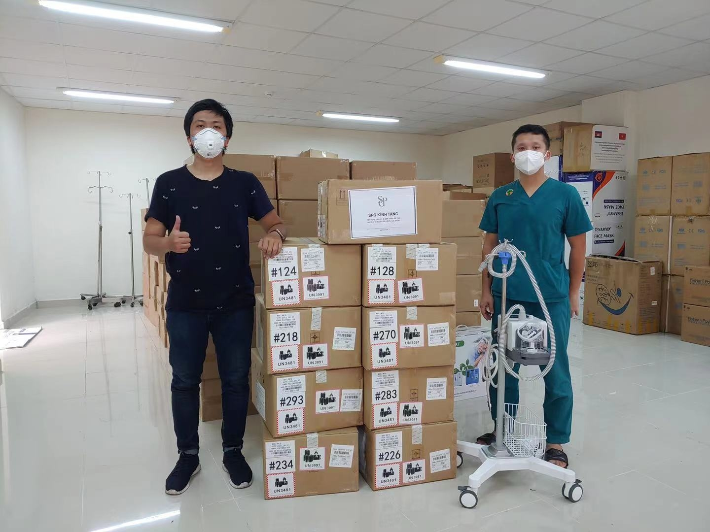 SPG Invest donates medical devices to 10 frontline hospitals in Ho Chi Minh City