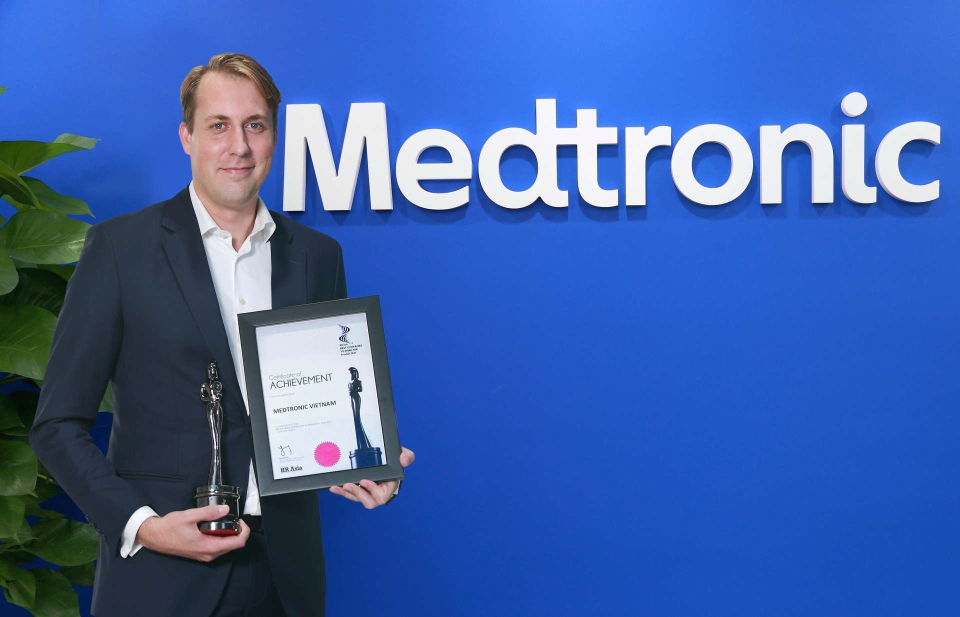 Medtronic Vietnam recognised as one of Best Companies to Work for in Asia