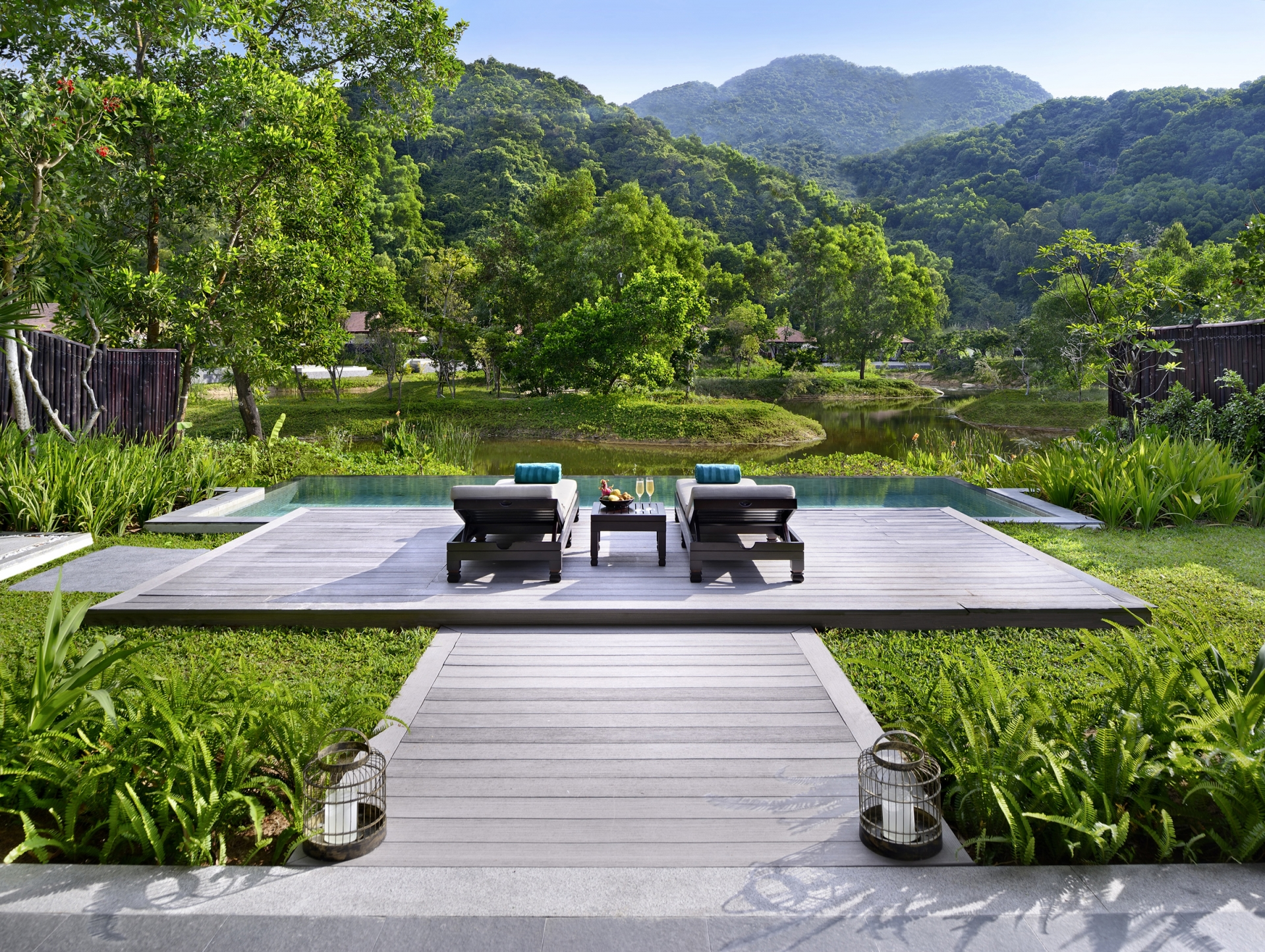 banyan tree lang co wins best luxury golf resort in asia at 2020 world luxury awards