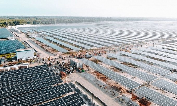 thai firm spends 399 million acquiring solar farm in vietnam