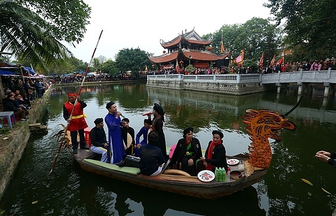 Visitors flock to hear love duets in Bac Ninh