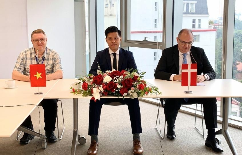 La Gan Wind Power Development Corporation signs four MoUs