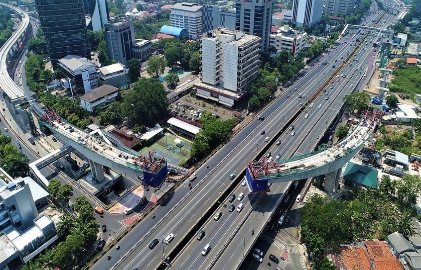 Indonesia speeds up foreign investment appeal with Vietnam and Singapore