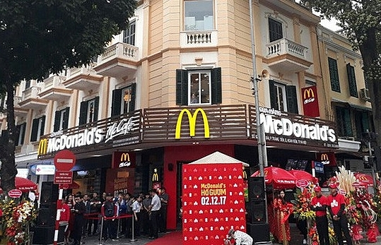 Food safety and organic trends put McDonald's on defensive