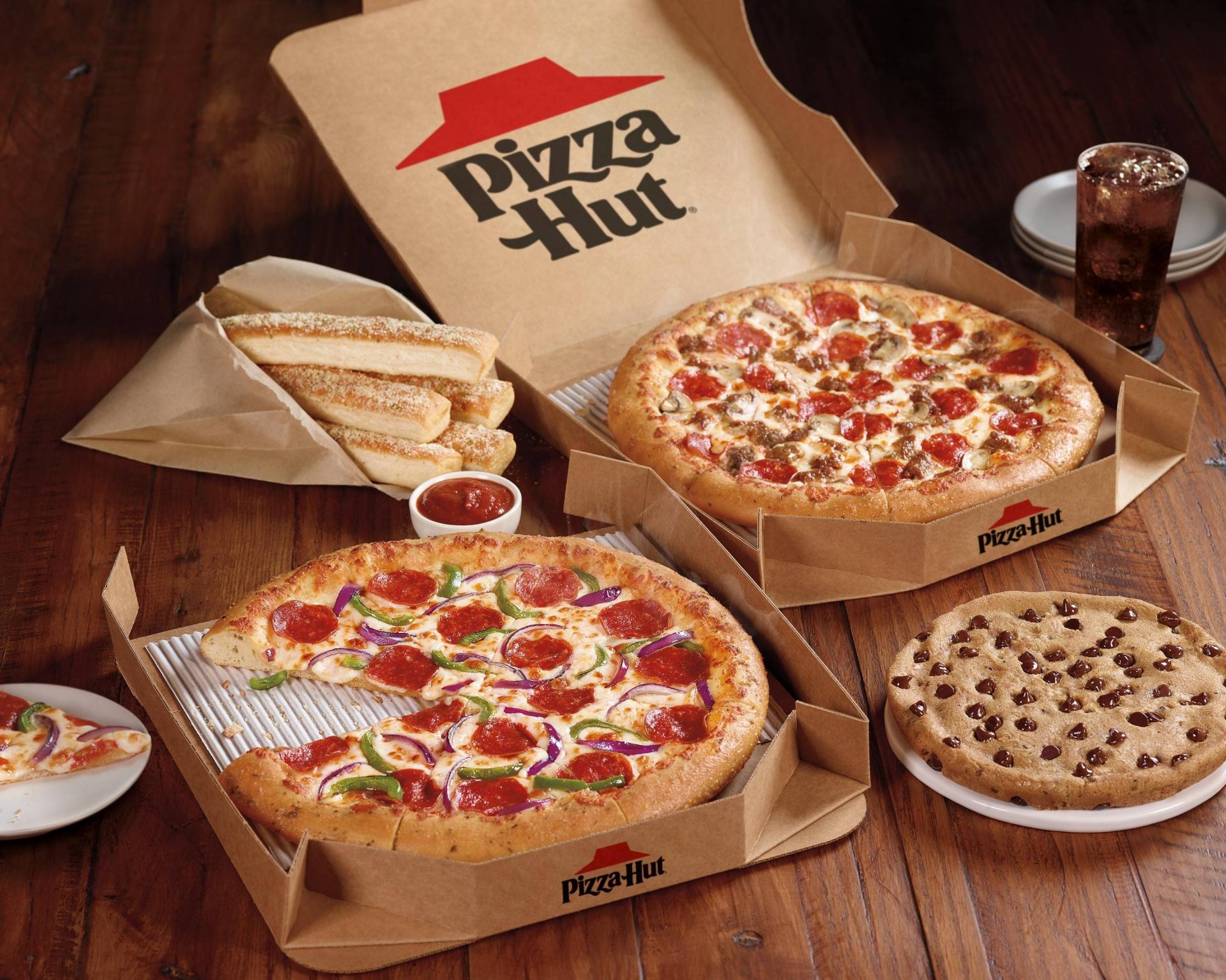 Pizza Hut pressed hard to raise dough in Vietnam