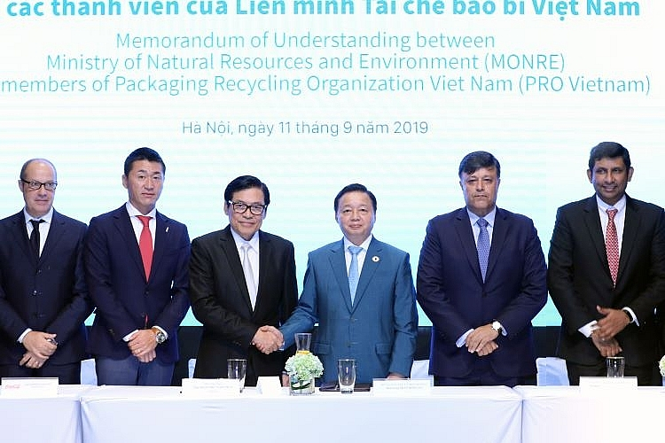 pro vietnam and monre join hands for sustainable environment