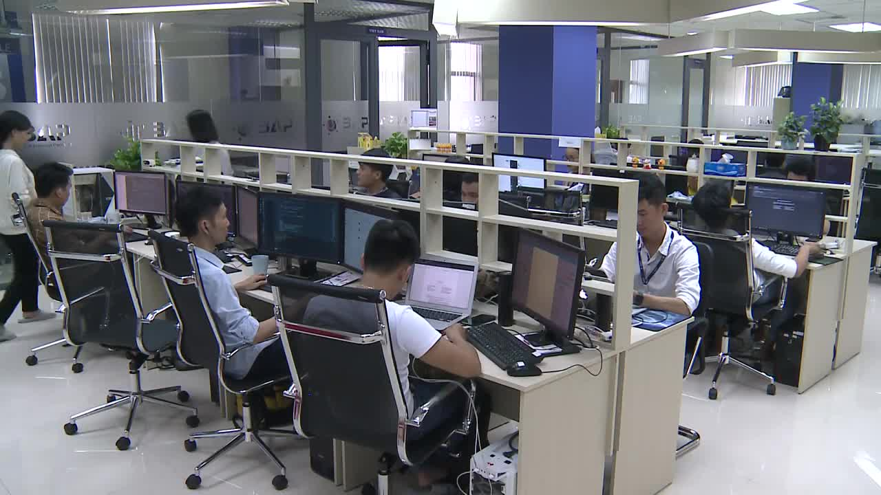 Vietnam ranks 96th in global talent competitiveness index